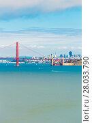 Купить «San Francisco Golden Gate Bridge View Telephoto», фото № 28033790, снято 19 июля 2018 г. (c) PantherMedia / Фотобанк Лори