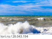 Купить «View of storm seascape.  Sea background. Waves.  waves crashing on shore», фото № 28043194, снято 22 мая 2018 г. (c) PantherMedia / Фотобанк Лори