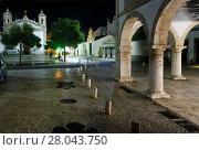 Купить «Historic part of Lagos city at night, Praca Infante Dom Henrique, in far front background Igreja de Santa Maria, on right Mercado dos Escravos - historic...», фото № 28043750, снято 22 ноября 2017 г. (c) age Fotostock / Фотобанк Лори