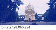 Купить «Cathedral in romanian city», фото № 28060294, снято 22 сентября 2017 г. (c) Яков Филимонов / Фотобанк Лори
