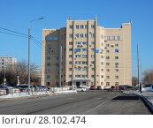 Купить «Девятиэтажный гаражный комплекс. Проезд Серебрякова, 2, строение 1. Район Свиблово. Город Москва», эксклюзивное фото № 28102474, снято 27 февраля 2018 г. (c) lana1501 / Фотобанк Лори