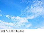Купить «Spring white clouds», фото № 28113362, снято 15 мая 2017 г. (c) Роман Сигаев / Фотобанк Лори