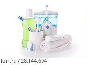 Купить «Accessories for cleaning of teeth. Oral hygiene.», фото № 28144694, снято 4 августа 2016 г. (c) Мельников Дмитрий / Фотобанк Лори