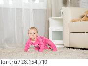 Купить «Baby eight months playing in the room», фото № 28154710, снято 6 февраля 2018 г. (c) Типляшина Евгения / Фотобанк Лори