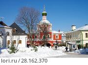 Купить «Москва, Зачатьевский монастырь зимним солнечным днем», фото № 28162370, снято 27 февраля 2018 г. (c) Natalya Sidorova / Фотобанк Лори