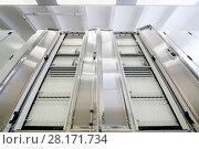 Купить «Light communications room with modern equipment for telecommunications», фото № 28171734, снято 25 апреля 2016 г. (c) Losevsky Pavel / Фотобанк Лори