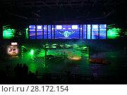 Купить «MOSCOW - OCT 1, 2016: Cars and laser show at G-Drive show Race Millennium in Sports complex Olympiysky», фото № 28172154, снято 1 октября 2016 г. (c) Losevsky Pavel / Фотобанк Лори