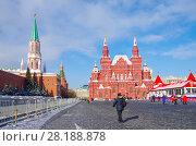 Купить «Москва. Красная площадь. Исторический музей», фото № 28188878, снято 27 февраля 2018 г. (c) Natalya Sidorova / Фотобанк Лори