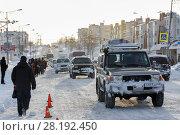 Купить «Городская дорога после метели», фото № 28192450, снято 27 декабря 2017 г. (c) А. А. Пирагис / Фотобанк Лори