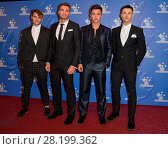 Купить «Celebrity X celebrating the winners in this year's National Lottery Awards, the search for the UK's favourite Lottery-funded projects. The glittering National...», фото № 28199362, снято 9 сентября 2016 г. (c) age Fotostock / Фотобанк Лори
