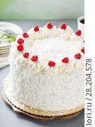 Купить «Coconut cake with maraschino cherries», фото № 28204578, снято 14 марта 2018 г. (c) Елена Веселова / Фотобанк Лори