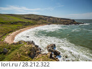 Купить «Beautiful coast of sea with beach and rocks at hot summer day», фото № 28212322, снято 21 августа 2014 г. (c) Losevsky Pavel / Фотобанк Лори
