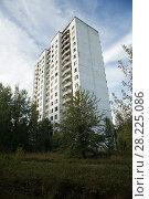 Купить «A tower block in Pripyat, Chernobyl Exlusion Zone, Ukraine September», фото № 28225086, снято 23 мая 2018 г. (c) Nature Picture Library / Фотобанк Лори