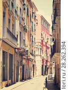 Купить «narrow street of european city. Girona», фото № 28262394, снято 12 июня 2014 г. (c) Яков Филимонов / Фотобанк Лори