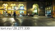Купить «Nightlife of Placa Reial in Barcelona», фото № 28277330, снято 1 сентября 2017 г. (c) Яков Филимонов / Фотобанк Лори