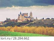 Купить «Segovia with Alcazar and Cathedra in autumn.», фото № 28284662, снято 16 ноября 2014 г. (c) Яков Филимонов / Фотобанк Лори
