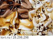 Купить «Мороженое крупным планом. Смесь шоколадного, карамельного и ванильного мороженого. Абстрактный фон.», фото № 28298298, снято 10 апреля 2018 г. (c) ирина реброва / Фотобанк Лори