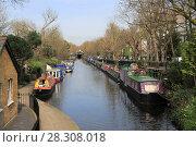 Купить «House Boats, Little Venice, Regents Canal, London, England, United Kingdom, Europe», фото № 28308018, снято 30 марта 2017 г. (c) age Fotostock / Фотобанк Лори