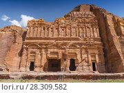 The Palace tomb, one of the 'Royal Tombs' in Petra in Jordan. Стоковое фото, агентство BE&W Photo / Фотобанк Лори