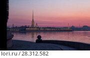 Купить «Рассвет в Санкт-Петербурге, таймлапс», видеоролик № 28312582, снято 15 апреля 2018 г. (c) Юлия Бабкина / Фотобанк Лори