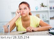Купить «girl waiting phone call», фото № 28325214, снято 25 марта 2019 г. (c) Яков Филимонов / Фотобанк Лори
