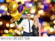 Купить «happy couple with balloons over party lights», фото № 28327126, снято 3 марта 2018 г. (c) Syda Productions / Фотобанк Лори