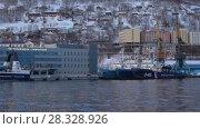 Купить «Петропавловск-Камчатский морской вокзал», видеоролик № 28328926, снято 23 апреля 2018 г. (c) А. А. Пирагис / Фотобанк Лори