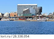 Купить «Stockholm Waterfront, also known as Klara Hotell och Konferens, building for offices, conferences and hotels», фото № 28338054, снято 27 марта 2018 г. (c) Валерия Попова / Фотобанк Лори