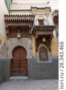 Купить «Old door and window in Fes, Morocco», фото № 28343466, снято 16 февраля 2018 г. (c) Михаил Коханчиков / Фотобанк Лори