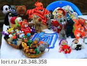 Праздничные сувениры на празднике Наурыз (2018 год). Редакционное фото, фотограф Владимир Абакумов / Фотобанк Лори