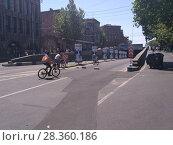 Купить «Улицы Еревана в мае 2018», фото № 28360186, снято 2 мая 2018 г. (c) Агата Терентьева / Фотобанк Лори