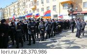 Купить «Opposition protest rally ahead of President Vladimir Putin's inauguration ceremony», видеоролик № 28370986, снято 5 мая 2018 г. (c) FotograFF / Фотобанк Лори