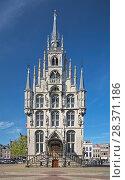 Купить «Ратуша на Рыночной площади Гауды, Нидерланды», фото № 28371186, снято 24 мая 2015 г. (c) Михаил Марковский / Фотобанк Лори