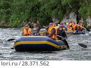 Купить «Летний рафтинг по реке», фото № 28371562, снято 15 июля 2016 г. (c) А. А. Пирагис / Фотобанк Лори