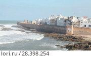 Купить «Panoramic view of the castle in Essaouira», видеоролик № 28398254, снято 8 мая 2018 г. (c) Кирилл Трифонов / Фотобанк Лори