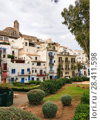 Old town of Ibiza (Eivissa). View to the famous castle of Dalt Vila and whitewashed houses. Spain (2018 год). Стоковое фото, фотограф Alexander Tihonovs / Фотобанк Лори