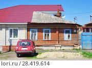 Купить «Долевая собственность на жилой дом», фото № 28419614, снято 1 мая 2018 г. (c) Oles Kolodyazhnyy / Фотобанк Лори
