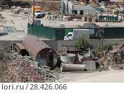 Купить «Строительный мусор (2018 год)», эксклюзивное фото № 28426066, снято 13 мая 2018 г. (c) Дмитрий Неумоин / Фотобанк Лори