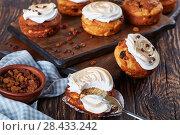 Купить «freshly baked Homemade cottage cheese Cupcakes», фото № 28433242, снято 8 мая 2018 г. (c) Oksana Zh / Фотобанк Лори