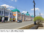 Купить «Russia, Omsk. A street with ancient buildings of the 19th century in the central part of the city», фото № 28462626, снято 21 мая 2018 г. (c) Круглов Олег / Фотобанк Лори
