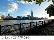 Купить «View from embankment near Tower Millennium Pier. Shard, City Hall, HMS Belfast», фото № 28470626, снято 31 июля 2017 г. (c) Ирина Мойсеева / Фотобанк Лори