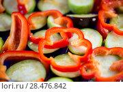 Купить «fresh pepper and eggplants close-up before grilling», фото № 28476842, снято 14 июня 2016 г. (c) Константин Лабунский / Фотобанк Лори