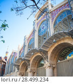 Купить «Valencia Mercado Central market facade downtown in spain», фото № 28499234, снято 22 апреля 2019 г. (c) Ingram Publishing / Фотобанк Лори