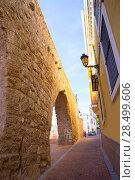 Segorbe Castellon Torre del Verdugo and medieval Muralla in Spain Valencian Community (2013 год). Стоковое фото, фотограф Tono Balaguer / Ingram Publishing / Фотобанк Лори