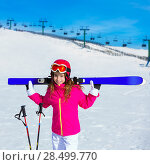 Купить «Kid girl winter snow holding ski equipment helmet goggles poles», фото № 28499770, снято 26 января 2014 г. (c) Ingram Publishing / Фотобанк Лори