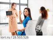 Купить «businesswoman waving hand at meeting in office», фото № 28503526, снято 17 марта 2018 г. (c) Syda Productions / Фотобанк Лори