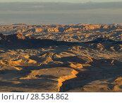 Scenic view of desert, Makhtesh Ramon, Negev Desert, Israel. Стоковое фото, фотограф Keith Levit / Ingram Publishing / Фотобанк Лори