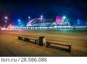 "Купить «Сочи. Стадион ""Фишт"" ночью. Stadium Fisht  in Sochi in the night», фото № 28586086, снято 20 января 2018 г. (c) Baturina Yuliya / Фотобанк Лори"