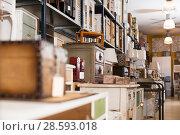Купить «Furniture selling in modern store», фото № 28593018, снято 15 ноября 2017 г. (c) Яков Филимонов / Фотобанк Лори