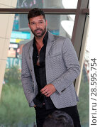 Купить «Press Conference To Announce Ricky Martin as New Resident Headliner at Park Theater at Monte Carlo Featuring: Ricky Martin Where: Las Vegas, Nevada, United...», фото № 28595754, снято 16 ноября 2016 г. (c) age Fotostock / Фотобанк Лори